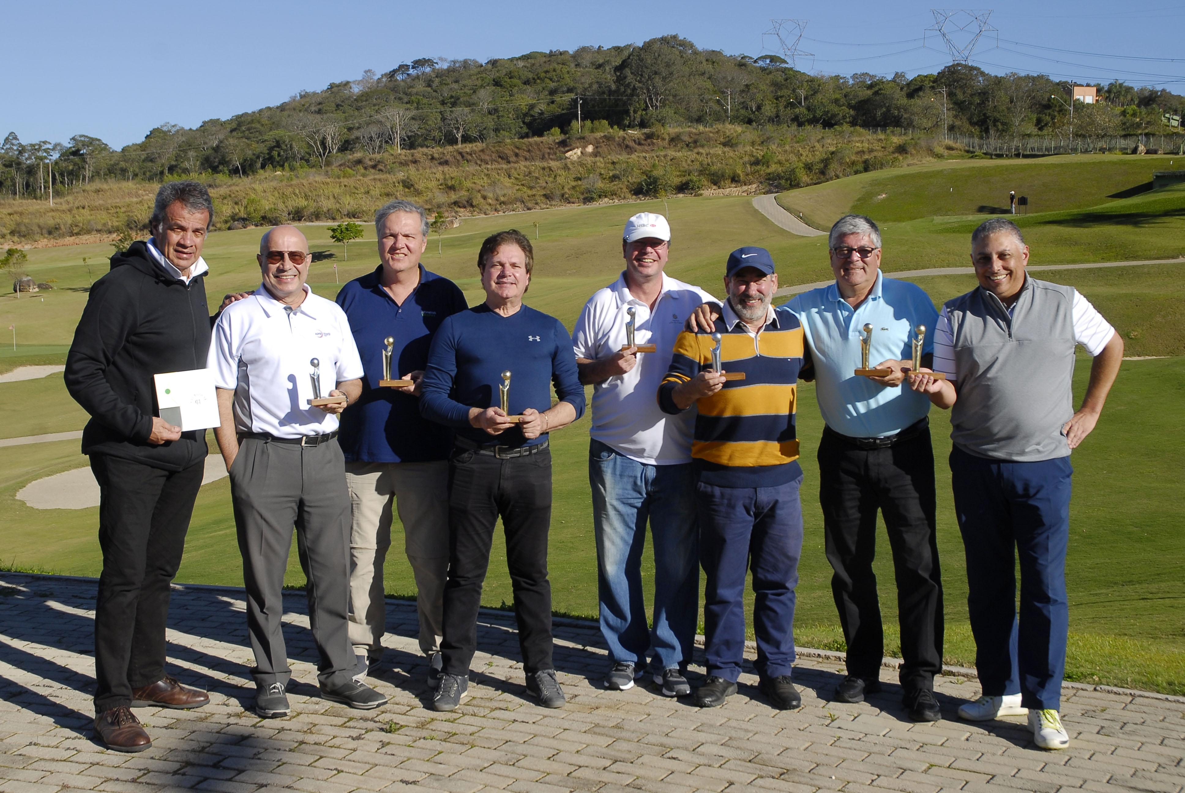 Campeões da 38ª Taça Associação Paulista de Golfe (APG) no Vila da Mata