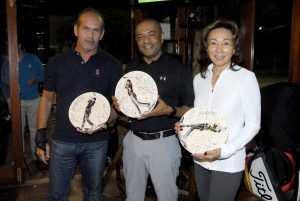 Francisco Perez, Antonio Santos e Luzia Taninaga Foto: Zeca Resendes/APG