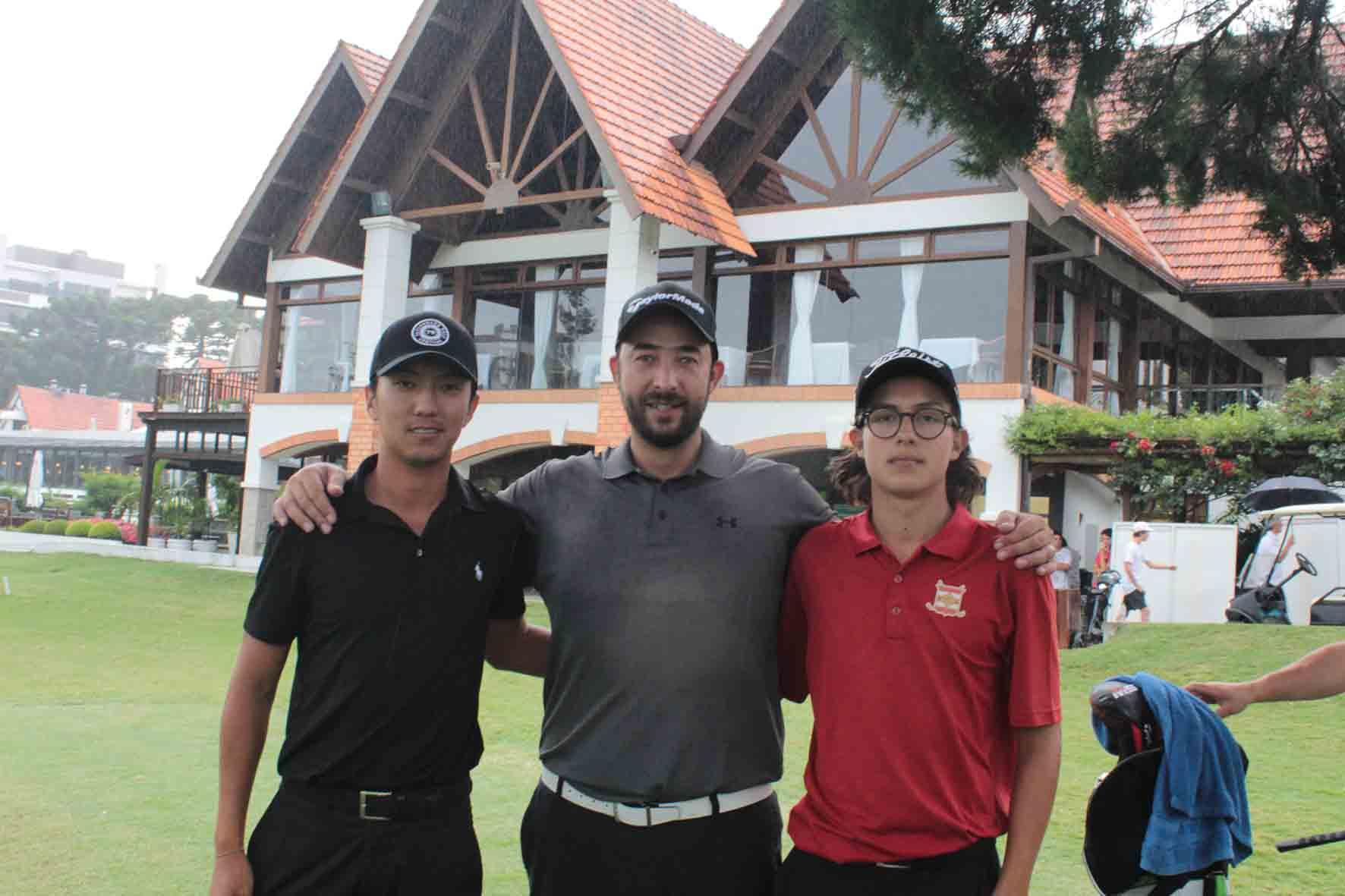 Campeões da primeira etapa do71º Aberto de Golf Cidade de Curitiba