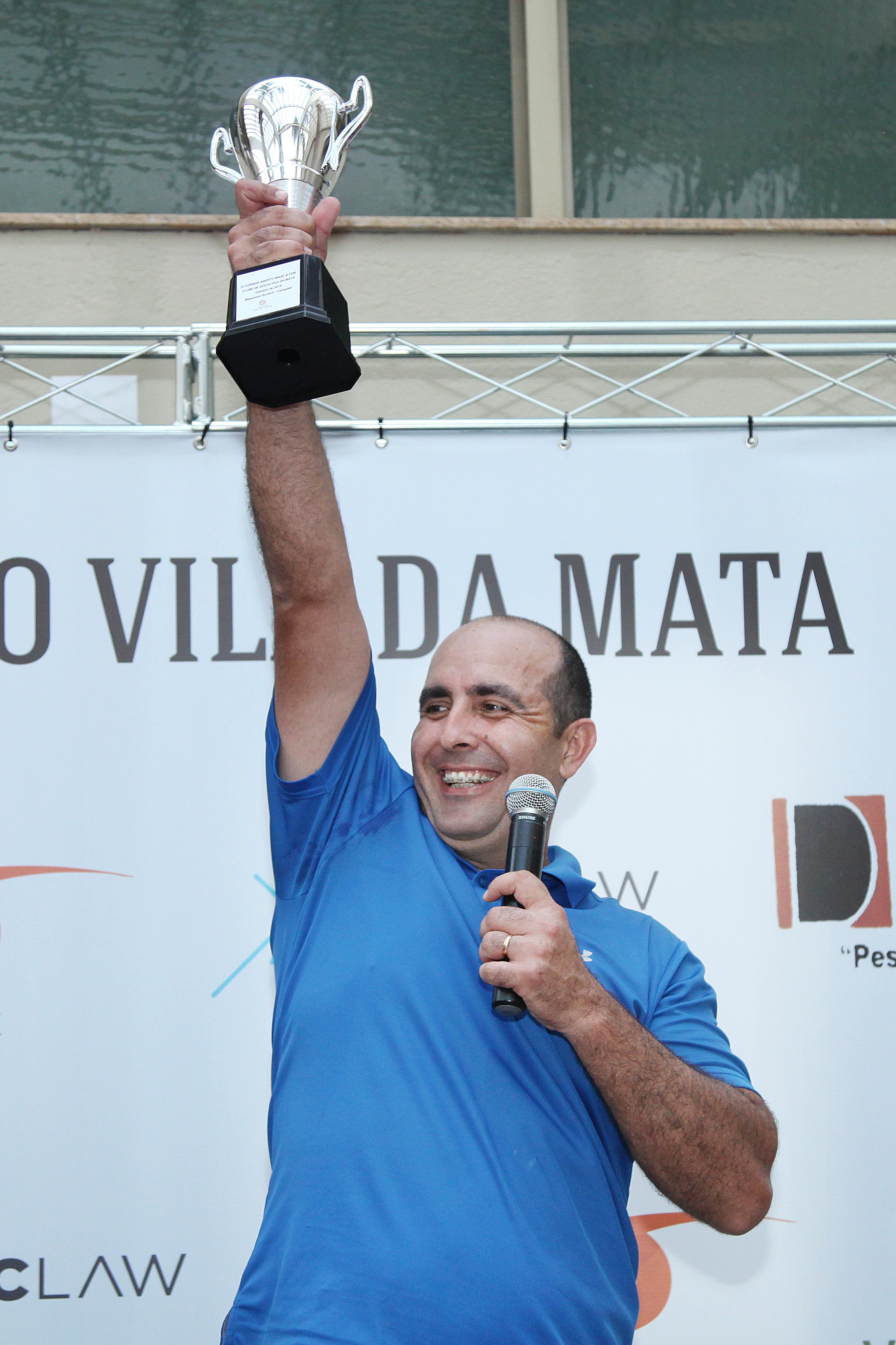 Abner Siqueira é o campeão do 4º Torneio Aberto do Clube de Golfe Vila da Mata