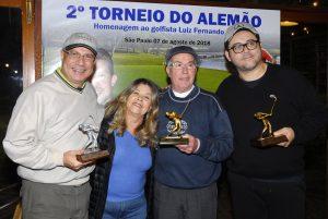 Janete e os campeões Foto: Zeca Resendes