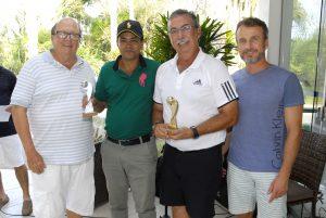 Marcos Braga e Delci Rodrigues, recebendo seus troféus Foto: Zeca Resendes/APG