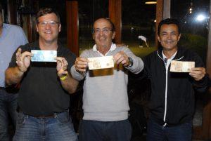 Marcos, Elver e Delci Foto: Zeca Resendes