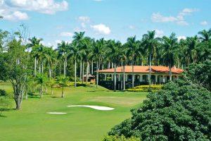 Lago Azul Golfe Clube