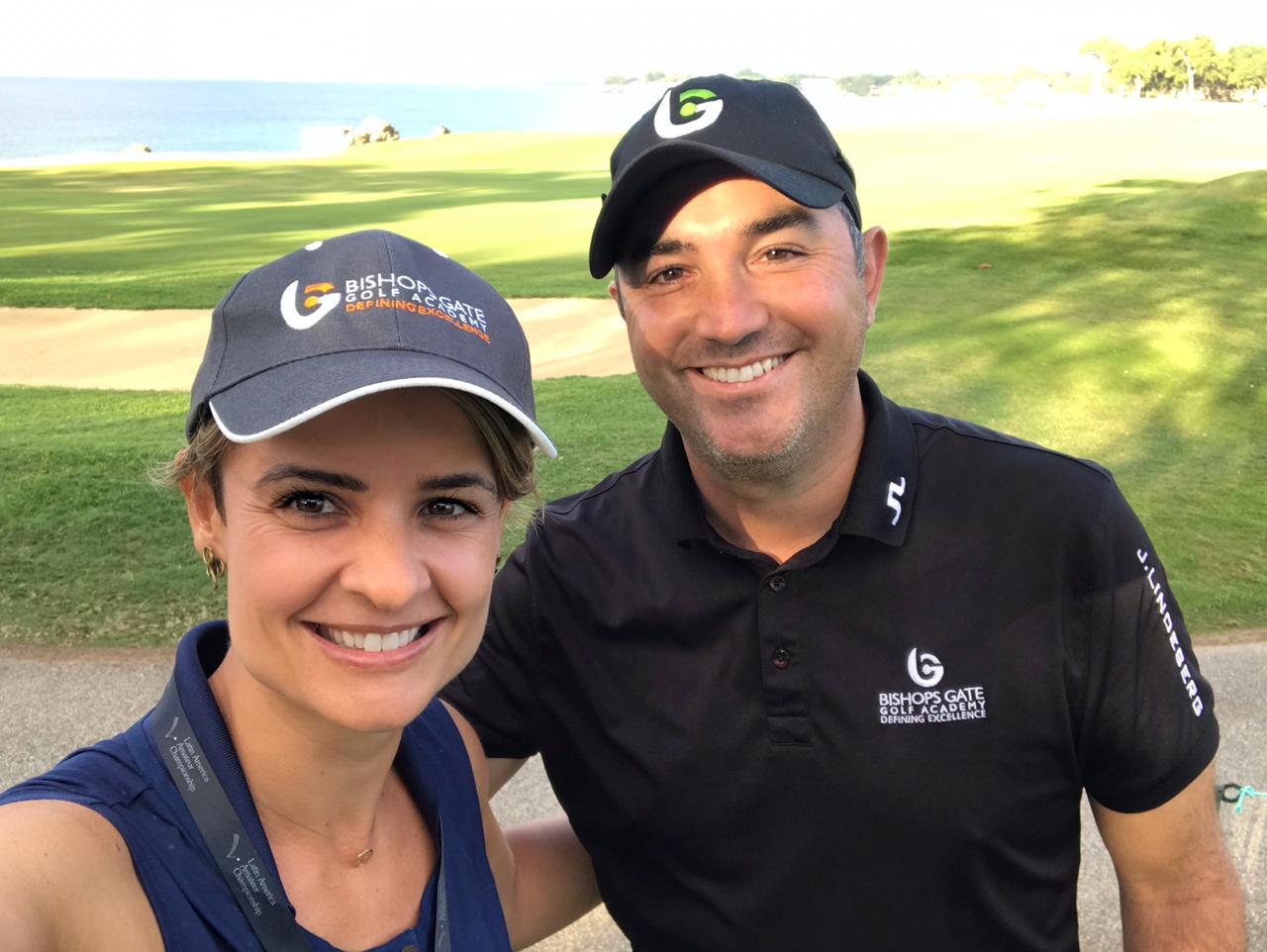 Preparadora física Africa Alarcón quer levar jovens golfistas para os Estados Unidos
