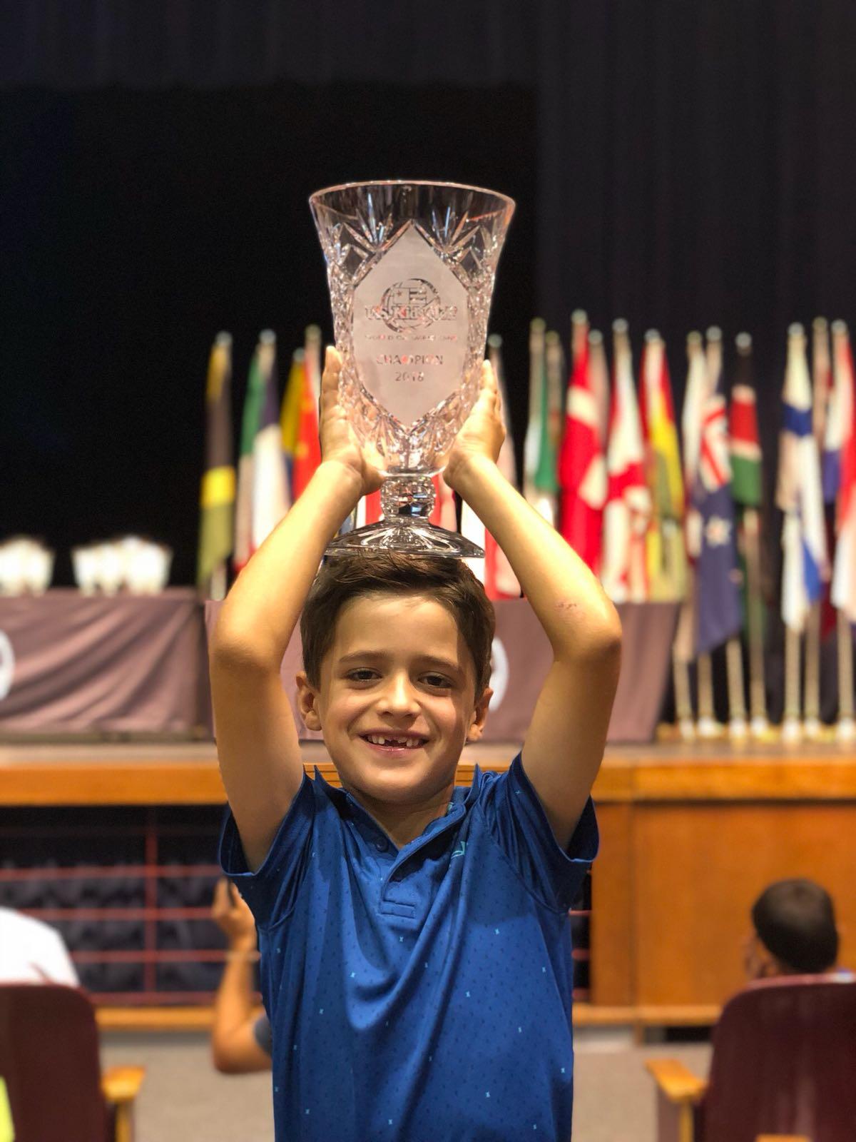 Jovem Bento Assis é bicampeão do Mundial do U.S Kids nos Estados unidos