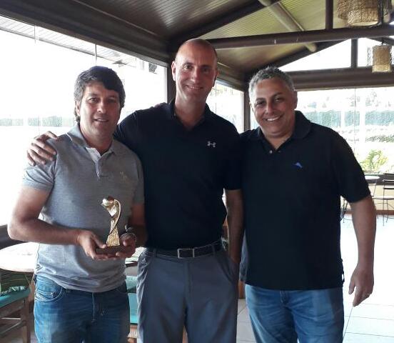 Campeões da 34ª Taça Associação Paulista de Golfe (APG) no Vila da Mata
