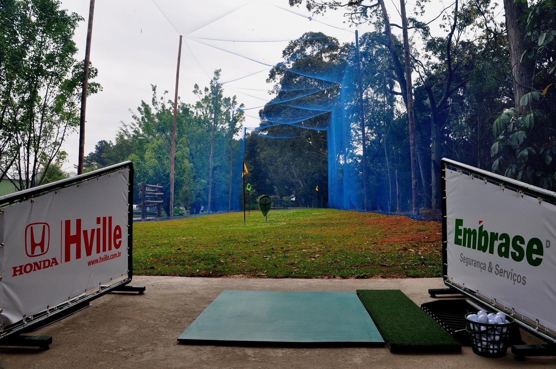 Alphaville Tênis Clube comemora aniversário com golfe