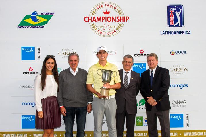 Colombiano Nicolas Echavarria é o campeão do São Paulo Golf Club Championship