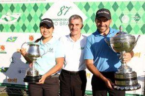 Os campeões com Euclides Gusi, presidente da CBG Foto: Gustavo Garrett/CBG