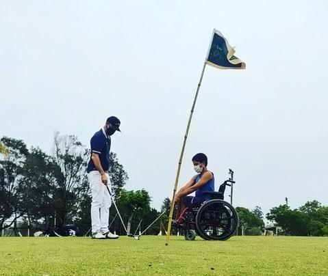 Paragolfe em Bagé, no Rio Grande do Sul, com o golfista Thomaz Segredo